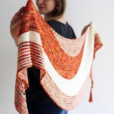 Ravelry: Zorzal pattern by Lisa Hannes