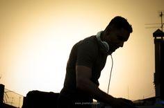 DJ Ale Amaral en la fiesta de inauguración del PRIDE 2012 en el Hotel AXEL de Barcelona   Foto: Lourdes Ribas