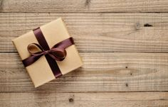 10 gift ideas for him that he will love