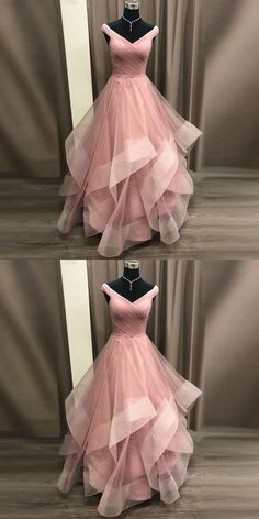 Gorgeous Gowns 2019 Princess Prom Dress Off The Shoulder Formal Gown For Evening Layered Tulle Skirt Mode Dress Evening Formal Formelle kleider Gorgeous Gown Gowns Layered Princess Prom Shoulder Skirt Tulle Prom Dresses Long Pink, Princess Prom Dresses, Evening Dresses For Weddings, Dresses For Teens, Ball Dresses, Homecoming Dresses, Ball Gowns, Lace Weddings, Wedding Dresses