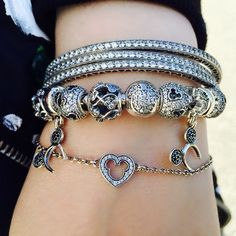 We love this Disney themed layered bracelet look by Beckerman Blog. #PANDORAlovesDisney