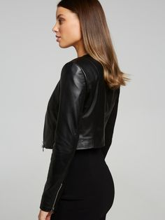 Searching for the perfect jacket to complete your outfit? Shop the latest trenches, coats, blazers and leather jackets online now at Portmans. Leather Jackets Online, Puffer Jackets, Trench, Jackets For Women, Suit Jacket, Blazer, Coat, Stuff To Buy, Outfits