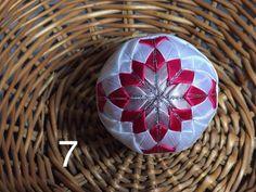 Dekorácie - vianočné patchworkové gule staroružová v kombinácii s bielou a pink - 7147208_