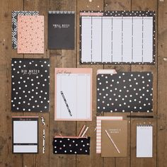 Stationery is a must! You'll need notebooks, ring binders, plastic wallets, … – Handwerk und Basteln Stationary Supplies, Cute Stationary, Stationary Notebook, Stationary Items, College Stationary, Stationary Branding, Stationary Store, Diy Organisation, School Organization