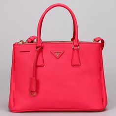 Love this Prada bag!! So much to buy so little money ..