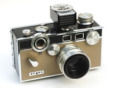 vintage cameras | Inspiration: Take Out That Vintage Camera For Decoration | Apartment ...