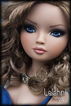 Beautiful Barbie Dolls, Pretty Dolls, Cute Dolls, Doll Fancy Dress, Doll Face Paint, Girl Cartoon Characters, Wedding Wine Glasses, Glamour Dolls, Portrait Sketches