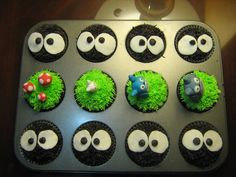 My kids love the movie My neighbor Totoro. This is a cute cupcake idea. I especially love the soot sprites.