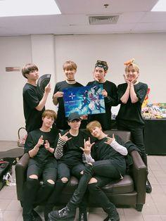 BTS ❤❤❤ The Wings Tour   Bangkok 2017