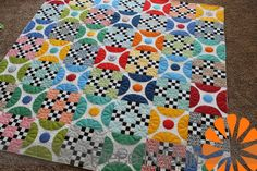 Piece N Quilt: American Jane Quilt. I really love this one. I think I'm going to make it soon. ;)