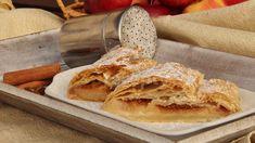 Zdroj: 1974andrea, Toprecepty.cz Apple Pie, Bread, Ethnic Recipes, Desserts, Food, Buns, Tailgate Desserts, Apple Cobbler, Deserts