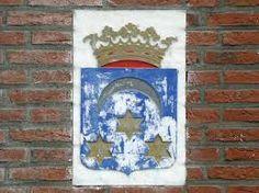 Dit is een gevelsteen uit Dokkum.