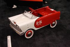 1960's Murray SoCal Cruiser Pedal Car - View #4 by cunningba, via Flickr