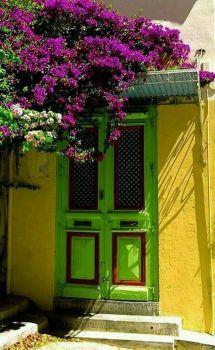 Beautiful door in Syros Island, Greece (77 pieces)