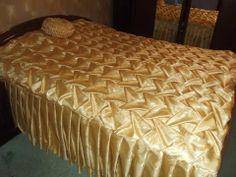 sobre cama drapeado