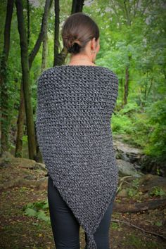 Outlander Knit Shawl / Claire's Gray Wrap / Free US Shipping