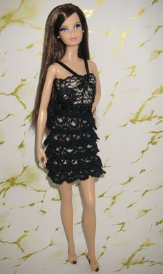 Barbie Basics Red Barbie Model, Barbie Style, Barbie Dolls, Barbie Basics, Barbie Diorama, Barbie Clothes, Girly Girl, Fashion Dolls, Beautiful Dresses