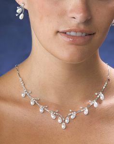 Lillian Rose JL100 10 Pearl Drop Necklace & Ear Set