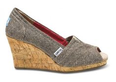 cute Toms for spring