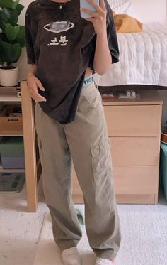 Indie Outfits, Teen Fashion Outfits, Retro Outfits, Cute Casual Outfits, Vintage Outfits, Grunge Outfits, Stylish Outfits, Tomboy Fashion, Streetwear Fashion