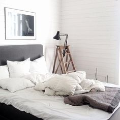 white vintage room bedroom design Home architecture Interior Interior Design house cosy cozy cottage sleeping interiors decor decoration minimalism minimal simple deco clean nordic scandinavian thecozyspace Dream Bedroom, Home Bedroom, Bedroom Decor, Bedrooms, Bedroom Ideas, Home Interior, Interior And Exterior, Up House, Minimalist Bedroom