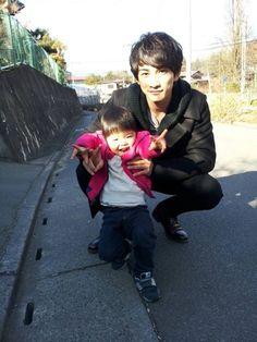 Shounen Ai, Cute Guys, Japanese, Actors, Yokohama, Couple Photos, Cherry, Movies, Magic