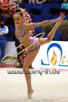 Dina AVERINA (Russia) ~ Hoop @ GP Bukarest 2016 Photographer Bernd Thierolf.