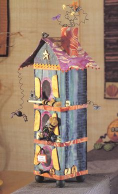 Haunted Birdhouse by Jenni Paige--great for hiding tiny Halloween treasures! From the book Creepy Crafty Halloween.
