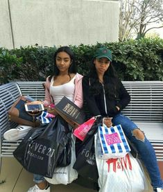 After a long day of shopping Sisters Goals, Bff Goals, Squad Goals, Go Best Friend, Best Friend Goals, Best Friends, Lush, Winter Looks, Black Girl Magic