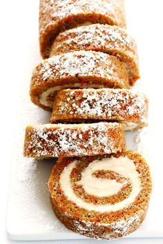 Cake Roll Everything you love about carrot cake.rolled up with cream cheese filling into this delicious Carrot Cake Roll! Such a fun dessert! Carrot Cake Roll Recipe, Cake Roll Recipes, Carrot Cake Cookies, Carrot Cakes, Egg Free Carrot Cake, Carrot Cake Recipes, Carrot Cake Bread, Apple Pie Cake, Carrot Cake Cheesecake