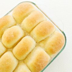Butter dinner rolls  My mother made the best rolls but never had a recipe. I love yummy rolls!