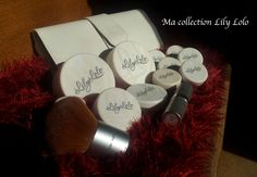 Ma collection Lily Lolo Lily Collins Makeup, Eye Blending Brush, Redhead Makeup, Natural Mascara, Big Lashes, Makeup Swatches, Pencil Eyeliner, Eyeshadow Brushes, Rose Buds