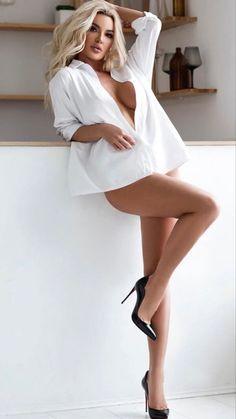 Sexy Women, Strong Women, Beautiful Legs, Gorgeous Women, Classy Lingerie, Women Lingerie, Sexy Hot Girls, Sweet Girls, Sexy Legs