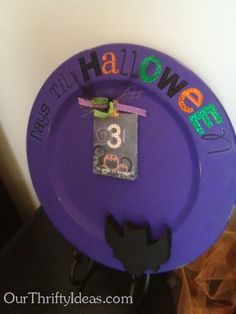 Halloween Count Down Plate www.ourthriftyideas.com