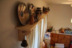 Garniže na chalupu – Annie Sloan Chalk Paint™ Annie Sloan, Home Appliances, Painting, House Appliances, Painting Art, Appliances, Paintings, Painted Canvas, Drawings
