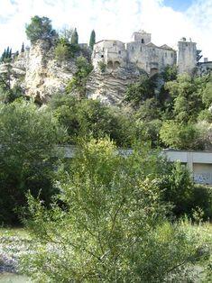 medieval hilltop village of of Vaison la Romaine