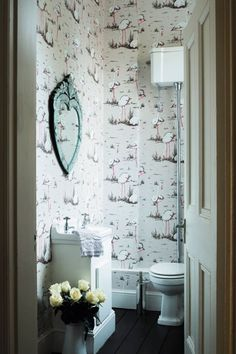 Create a fanciful retreat in your bathroom by papering all four walls in a dynamic print. The continuous pattern allows your eye to roam the room rather than be confronted by a solid colour. Small Room Decor, Small Rooms, Small Spaces, Flamingo Wallpaper, Of Wallpaper, Small Space Interior Design, Bathroom Interior Design, Small Bathroom Wallpaper, Bathroom Small