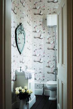 Small Bathroom - Interior Design Ideas for Small Spaces & Flats (houseandgarden.co.uk)