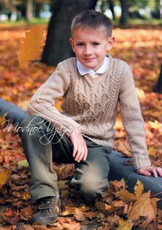 Пуловер для мальчика с ромбами и жгутами - Модное вязание