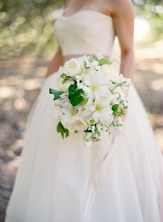 white wedding bouquet | Marilyn and Spencer Napa Wedding | photography: Jose Villa