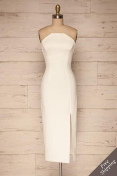 White fitted midi dress with slit and open back. Shop now! Lovely Dresses, Trendy Dresses, Day Dresses, Dresses Online, Short Dresses, Formal Dresses, Wedding Dresses, Midi Dresses, Midi Dress With Slit
