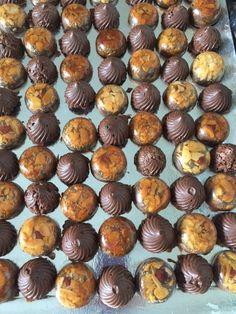 Tourbillons chocolat Gavotte et croustillant nougatine aux chocolat Dessert Aux Fruits, Dinner Rolls, Food Festival, Sweet Desserts, Mini Cupcakes, Biscuits, Panna Cotta, Cake Recipes, Muffin