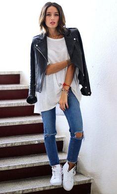 Look T-shirt & Jeans: Com Tênis