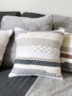 Woven pillowcase / Striped pillow by Blanc Laine Scandinavian Cushion Covers, Scandinavian Pillows, Loom Weaving, Tapestry Weaving, Hand Weaving, Handmade Pillows, Decorative Throw Pillows, Sun Hats For Women, Knit Pillow