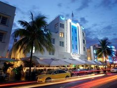 Miami Beach (FL) Beacon Hotel United States, North America Located in South Beach, Beacon Hotel is a perfect starting point from which to explore Miami Beach (FL). Featuring a complete list of amenities, guests will find their stay at the property a comfortable one. Free Wi-Fi in all rooms, 24-hour front desk, facilities for disabled guests, luggage storage, valet parking are on the list of things guests can enjoy. Each guestroom is elegantly furnished and equipped with handy ...