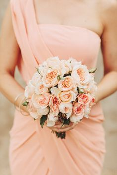 Color-coordinated dress and bouquet. Photography by A Bear a Deer and a Fox / beardeerfox.com