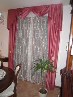 Tenda soggiorno con mantovana