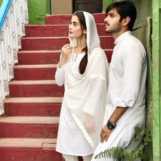 "Aiman Khan and Wahaj Ali on the set of Drama Serial "" Hari Hari Churian "" 😍 ✨ Indian Wedding Gowns, Pakistani Bridal Dresses, Indian Bridal, Indian Dresses, Pakistani Girl, Pakistani Actress, Pakistani Dramas, Cute Muslim Couples, Cute Couples"
