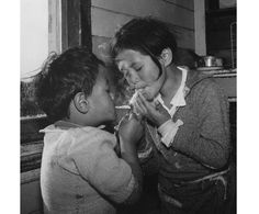 Ans Westra Ruatoria , 1963 From 'Washday at the Pa', 1964 Polynesian People, Vintage Children Photos, Nz Art, Innocent Child, Kiwiana, The Pa, Artist Life, Female Photographers, Documentary Photography