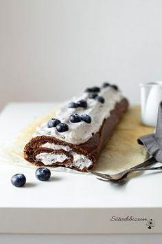 Áfonyás-csokis tekercs | sutisdobozoom